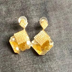 Glitter ear pendant